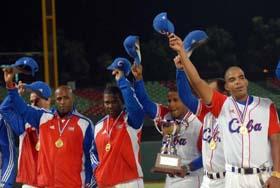 20101101161337-equipo-cubano-de-beisbol.jpg