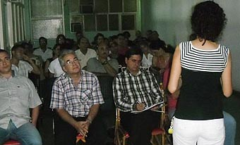 20120211042828-coloquio-guerrillero-debate-portada.jpg