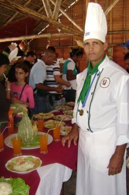 20110416053935-chef.jpg