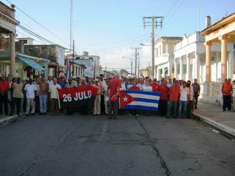 20110502025755-primeromayo-sanjuan-desfile1.jpg