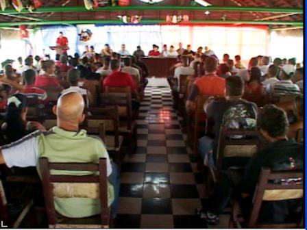 20110718225651-campesino.jpg