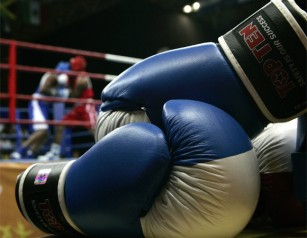 20111217050428-guantes-boxeo-copy-thumb307-.jpg