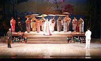 20120122232018-teatro-lirico.jpg
