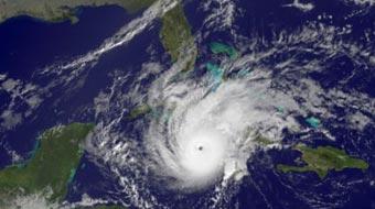 20120530050650-ciclones-cuba-alarma.jpg