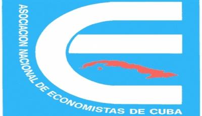 20121015150845-economistas.jpg