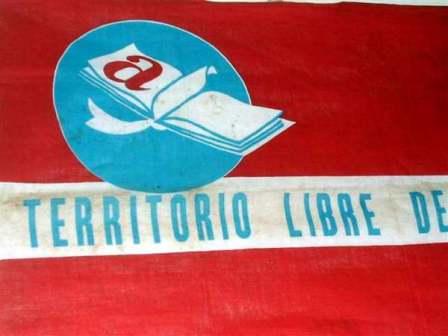 20131119054524-expo-alfabetizacion-universidad-jose-marti-camaguey-1-foto-miozotis-fabelo.jpg